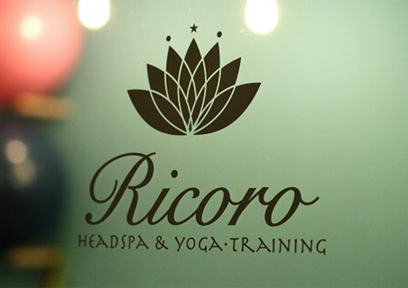 Ricoro ロゴ